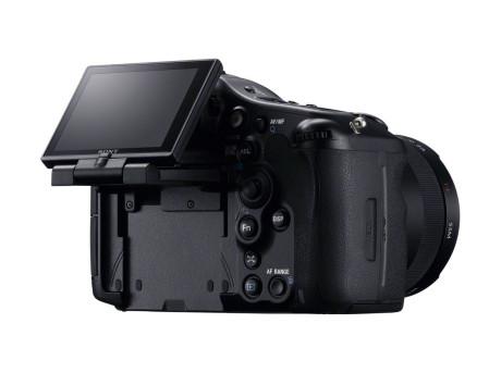 Vipbar skærm er praktisk, særlig ved makro og video-optagelser.