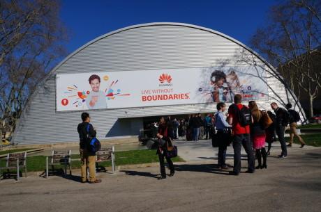 Kinesiske Huawei har oplevet kraftig vækst i Europa i 2013, og på årets mobilmesse fylder de mere end nogensinde.