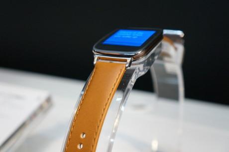 Urremmen er fremstillet af italiensk læder. Remmen vejer 25 g, mens selve uret vejer 50 g. Den samlede vægt ender altså på 75 g.