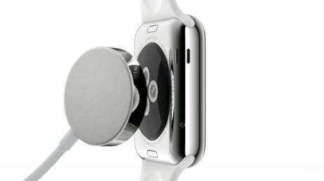 Apple Watch oplades trådløst. Der blev ikke sagt noget om forventet batteritid til præsentationen.