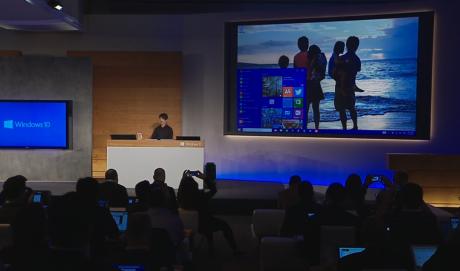 Startmenuen i Windows 10 er en kombination af den klassiske Windows-startmenu og så de interaktive fliser fra Windows 8.