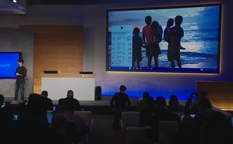 Her fortæller Cortana pc-brugeren, hvordan vejret bliver i morgen.