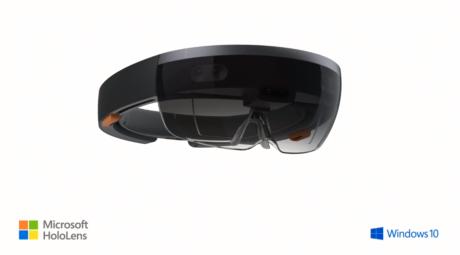 Microsoft har udviklet en helt ny type enhed, HoloLens, som skal gøre Windows Holographic til virkelighed.