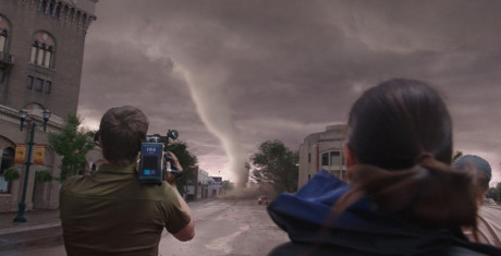 Into-the-Storm_5-990x505-990x505