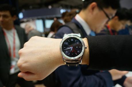 Det er ikke kun på LG's pr-fotos, at LG Watch Urbane ser lækkert ud. Det tog sig såmænd også godt ud, da vi så det live i Barcelona.