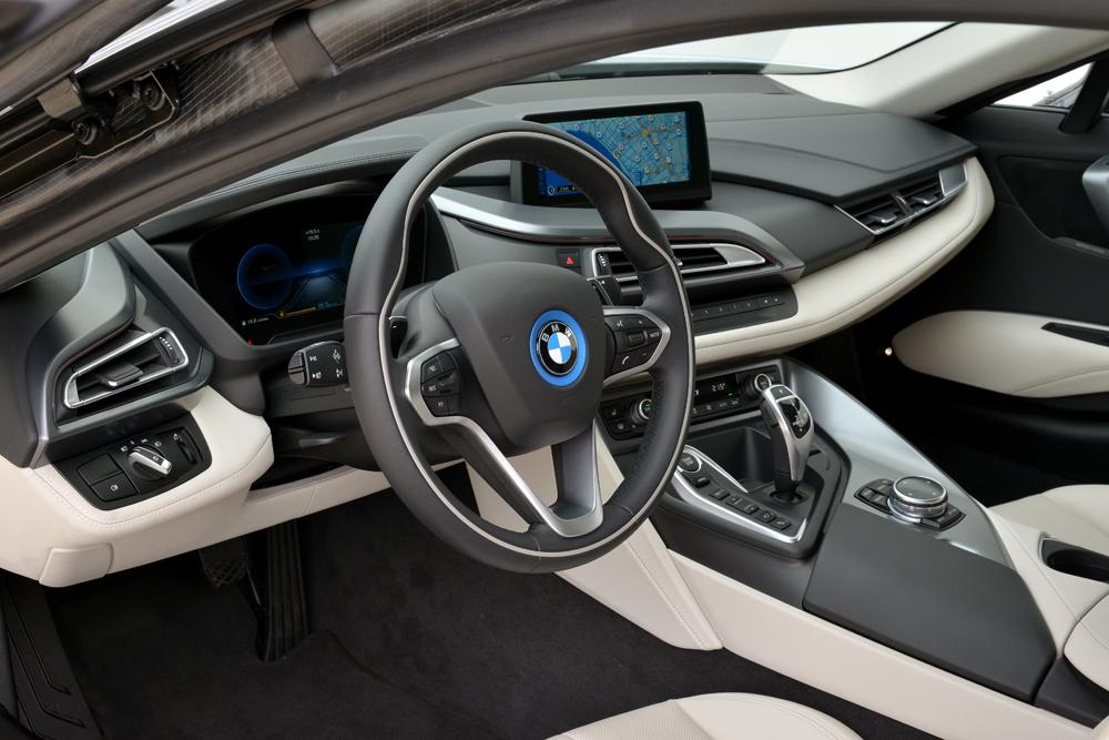 BMWi8_vinkel