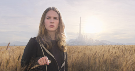 Disney's TOMORROWLAND..Casey (Britt Robertson) ..Ph: Film Frame..©Disney 2015