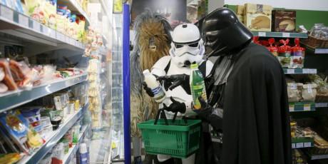 Den mørke fyrste på indkøb. Foto: Valentin Ogrienko, Reuters