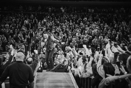 Bruce-Springsteen-WEB-The-River-Tour-2016-–-28.03-6-e1460707222777