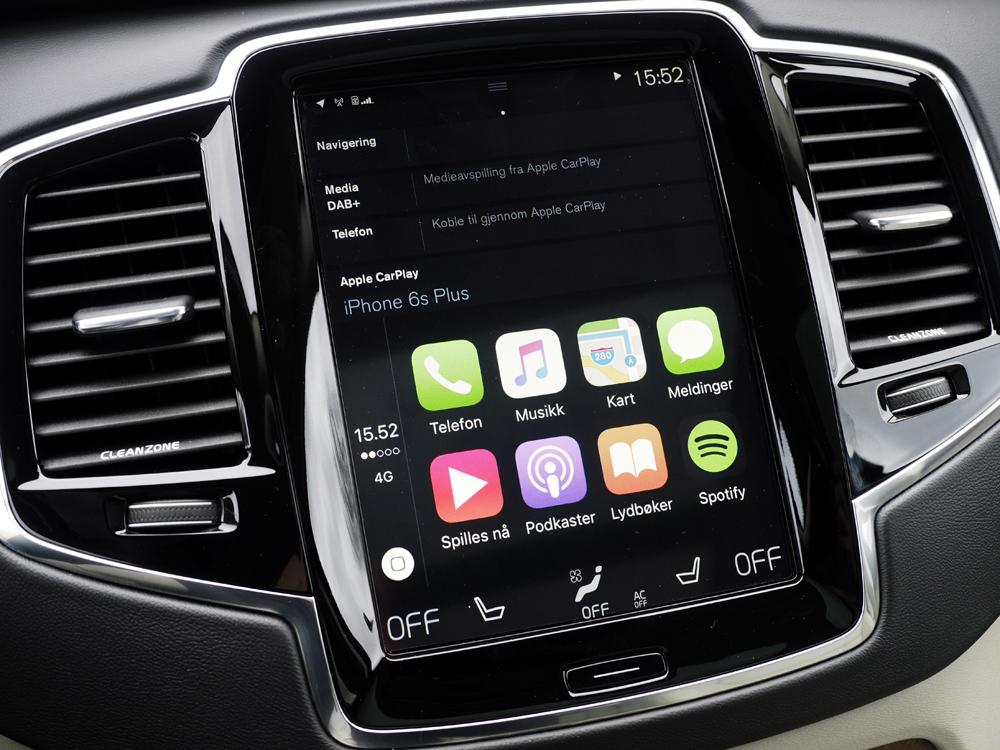 Standard CarPlay-layout med otte ikoner.