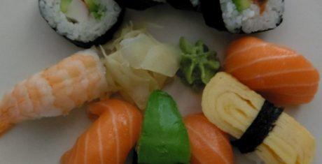 sushi-dark-htc-10-990x505