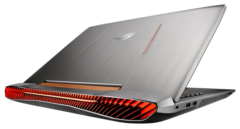 GeForce GTX 1070-grafikkortet producerer en hel del varme, så ventilationsristene fyldet hele bagsiden af computeren.