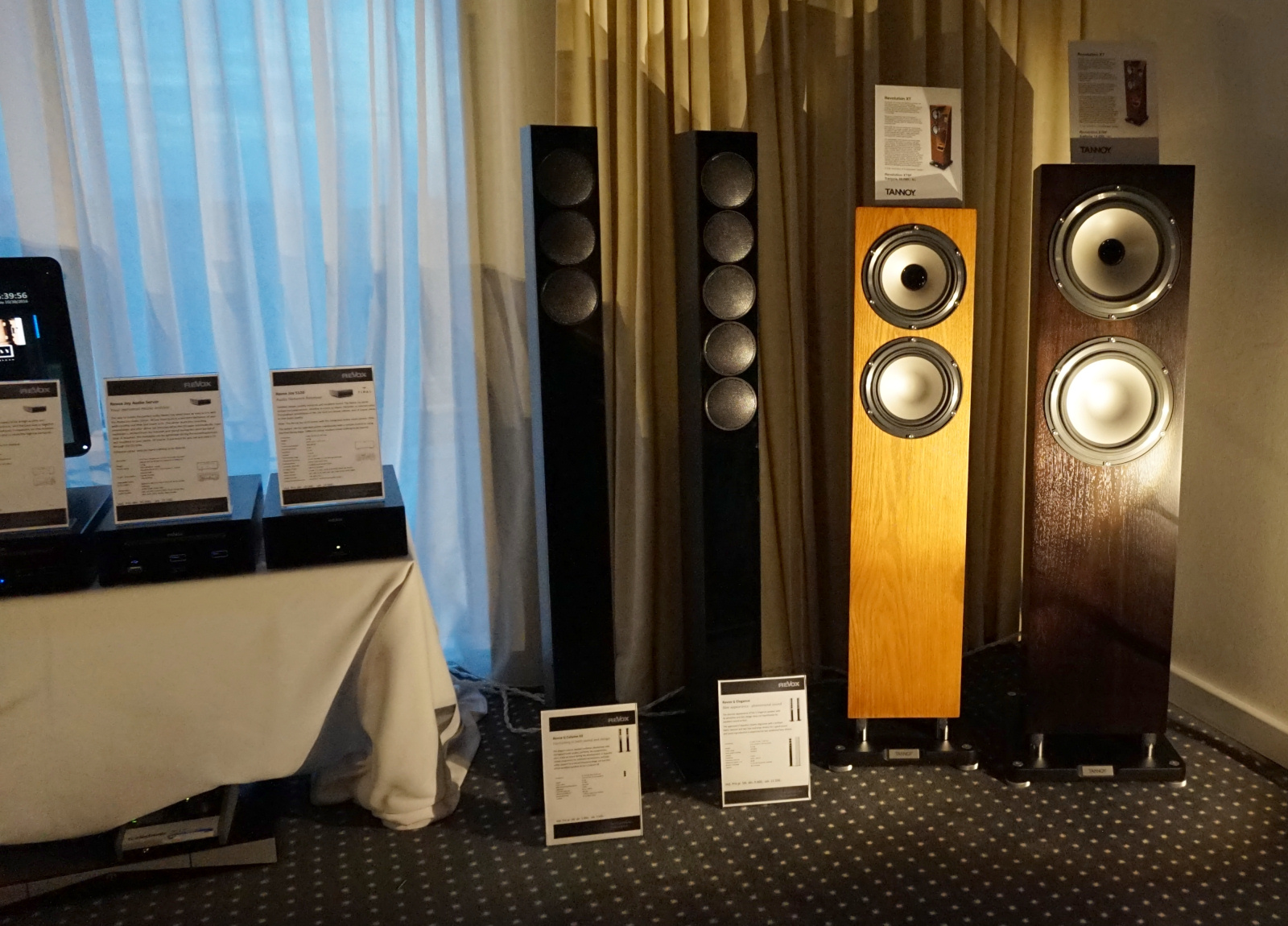 Revox stillede op med ultraslanke højttalere og streamingelektronik. Men de har ikke glemt deres rødder. En båndoptager er på vej! Foto: John Alex Hvidlykke, Lyd & Billede