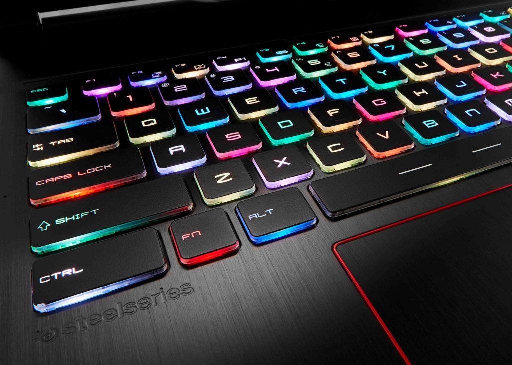 Nu kan knapparna blinka i olika färger, om man vill. Foto: MSi.