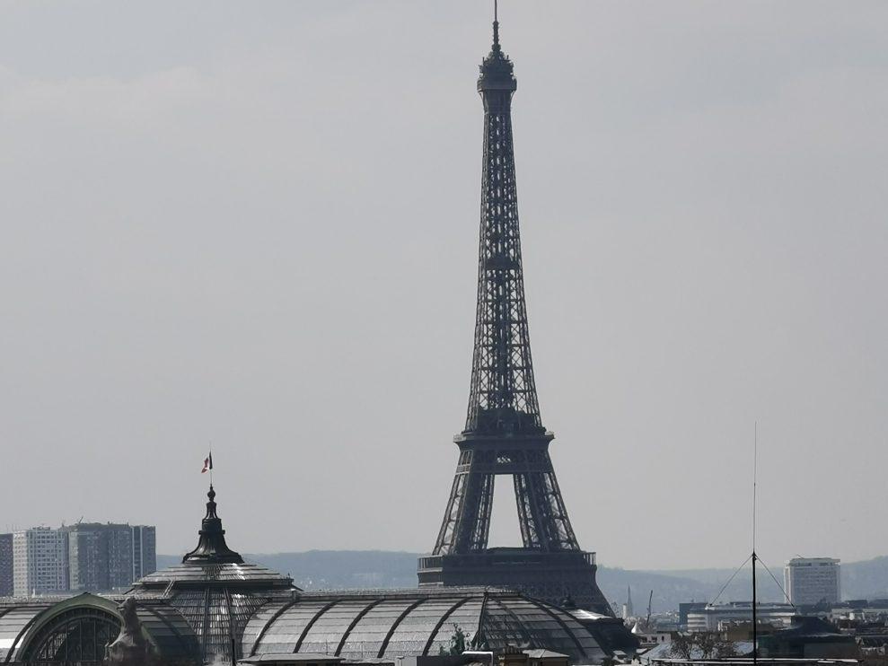 Eiffeltornet-10x-hybridzoom-989x742