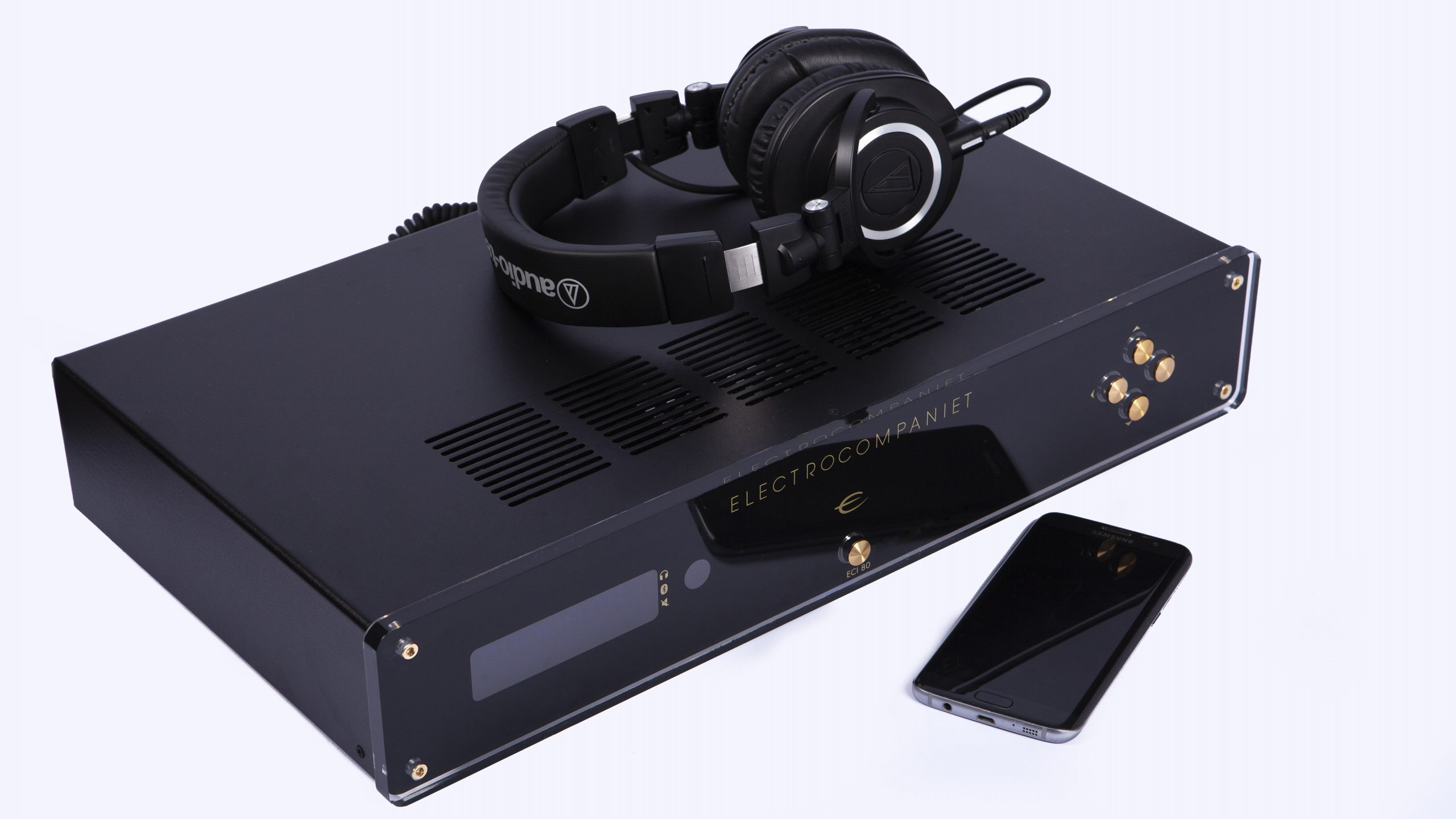 Electrocompaniet ECI 80D headphones