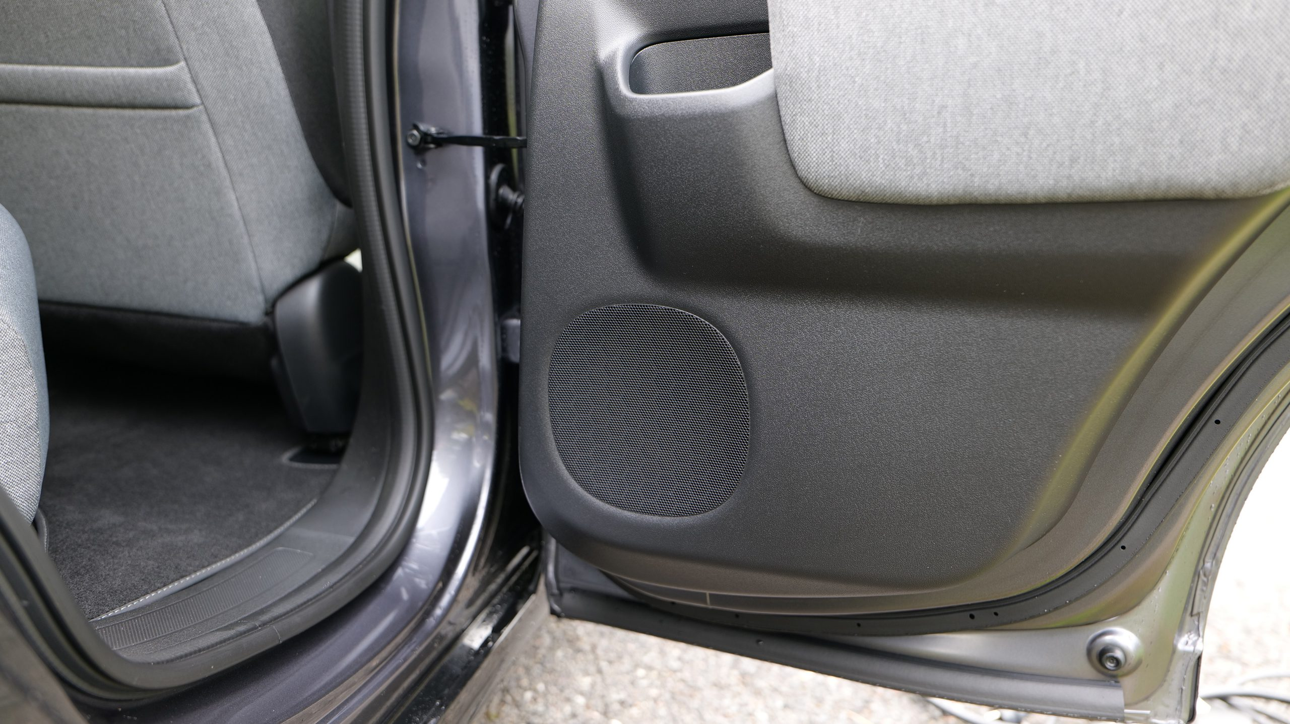 Honda e backdoor speaker