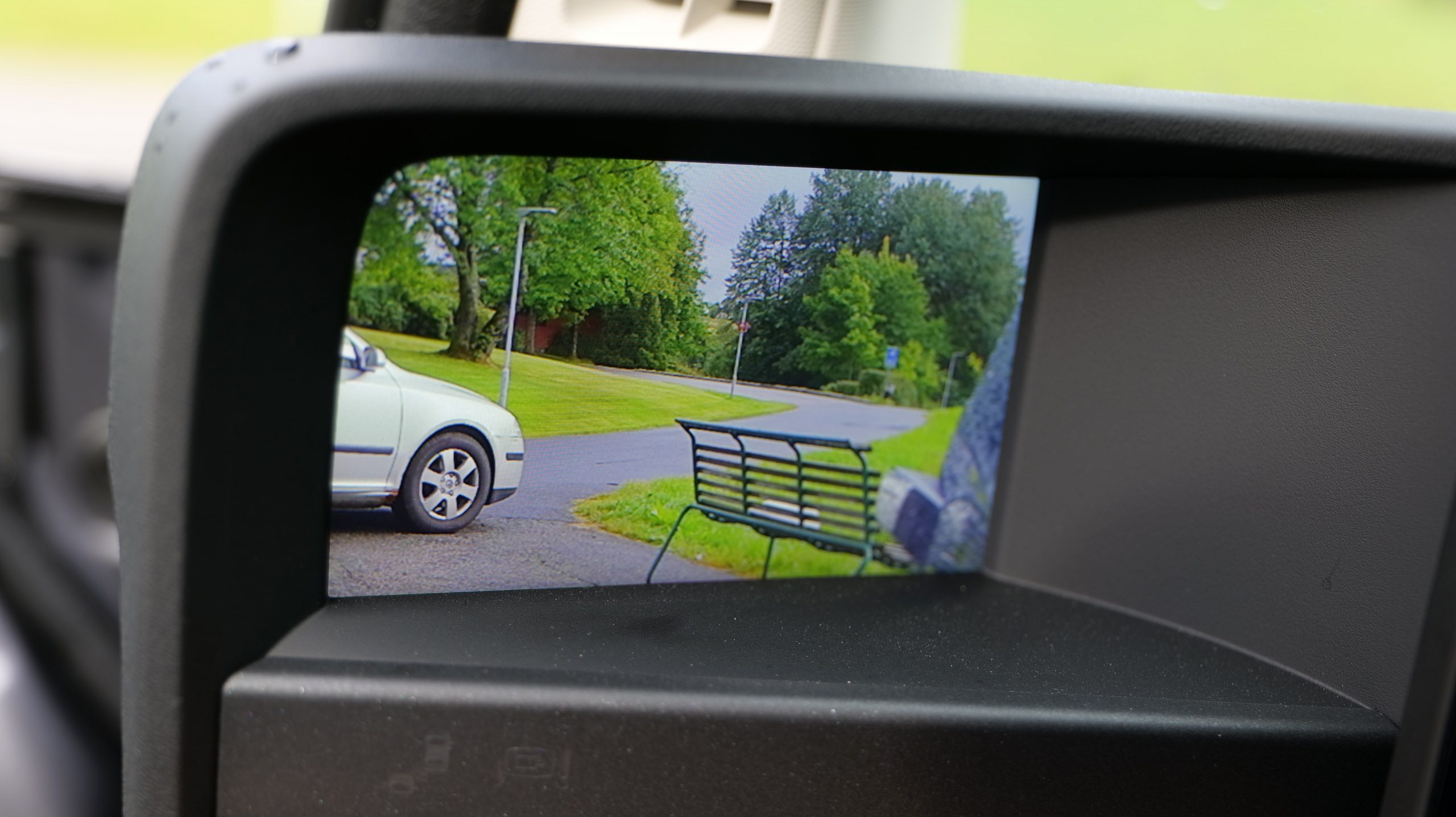 Honda e side mirror