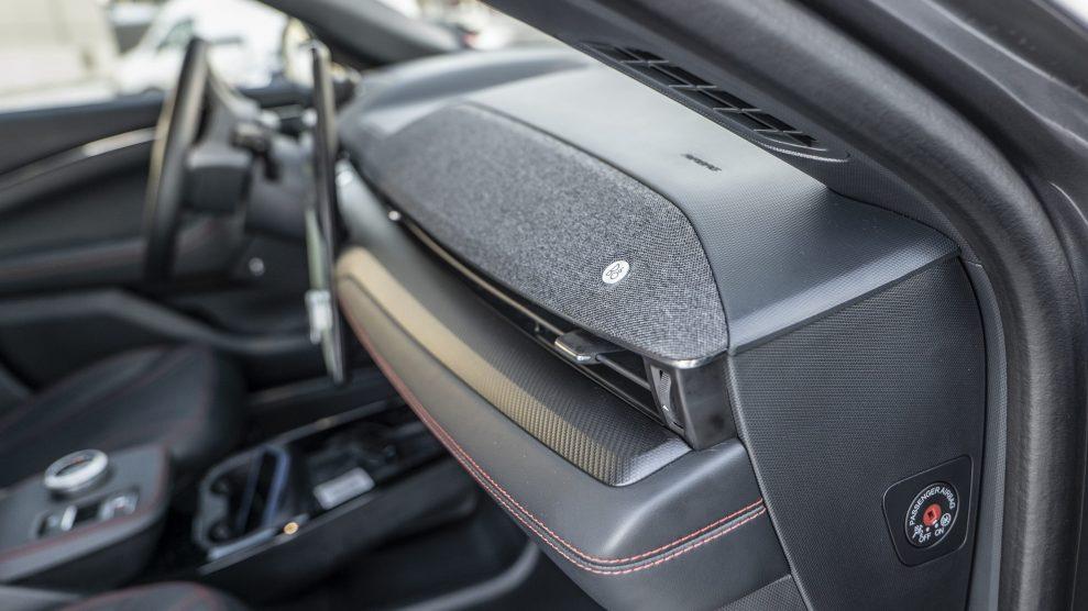 Ford Mustang Mach-E soundbar front