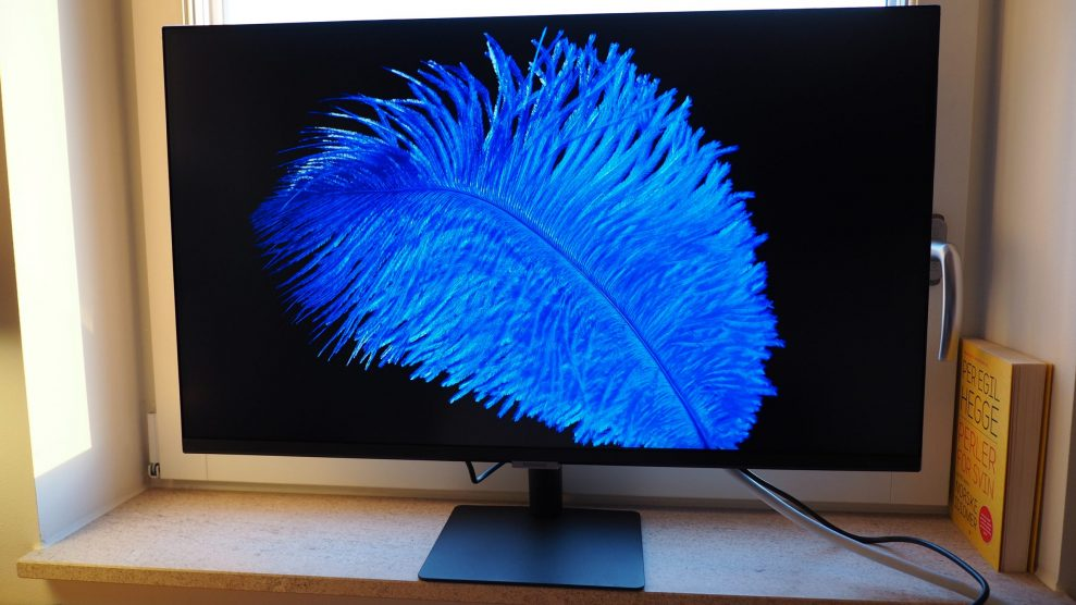 Samsung-M7-blue-scaled
