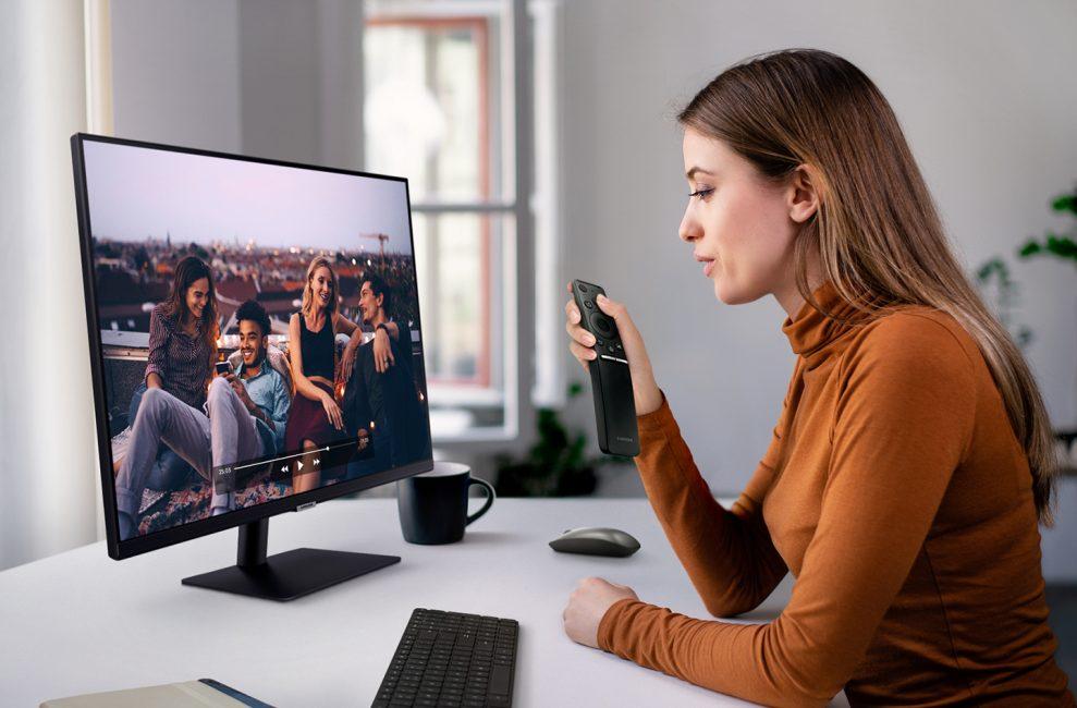 [Smart Monitor] Lifestyle Image 7