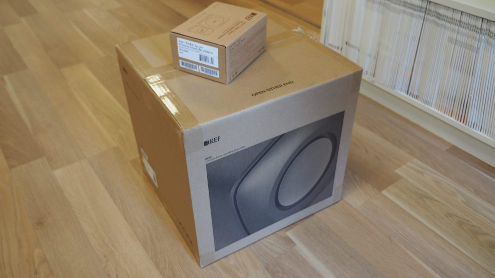 KEF-KC62-unboxing-1-scaled
