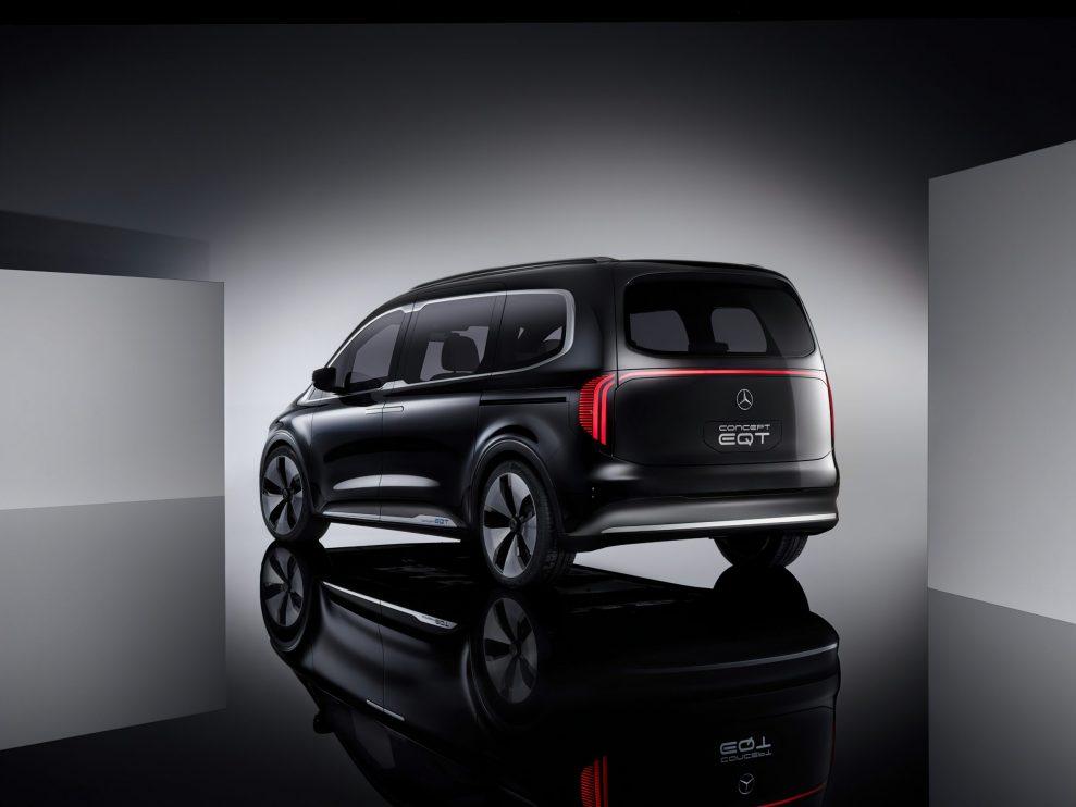 Premiere des Concept EQT – Vorbote einer neuen Hochwertigkeit im Small-Van-Segment