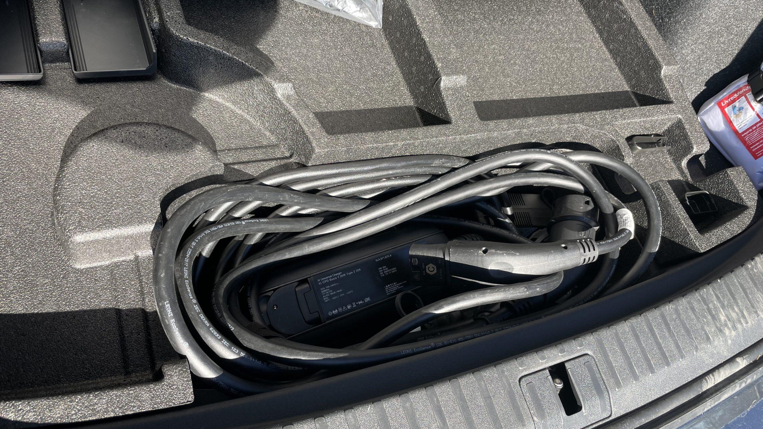 Skoda Enyaq iV trunk compartment