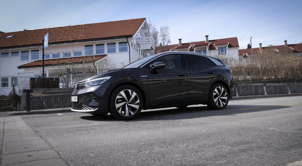 VW ID4 fart side
