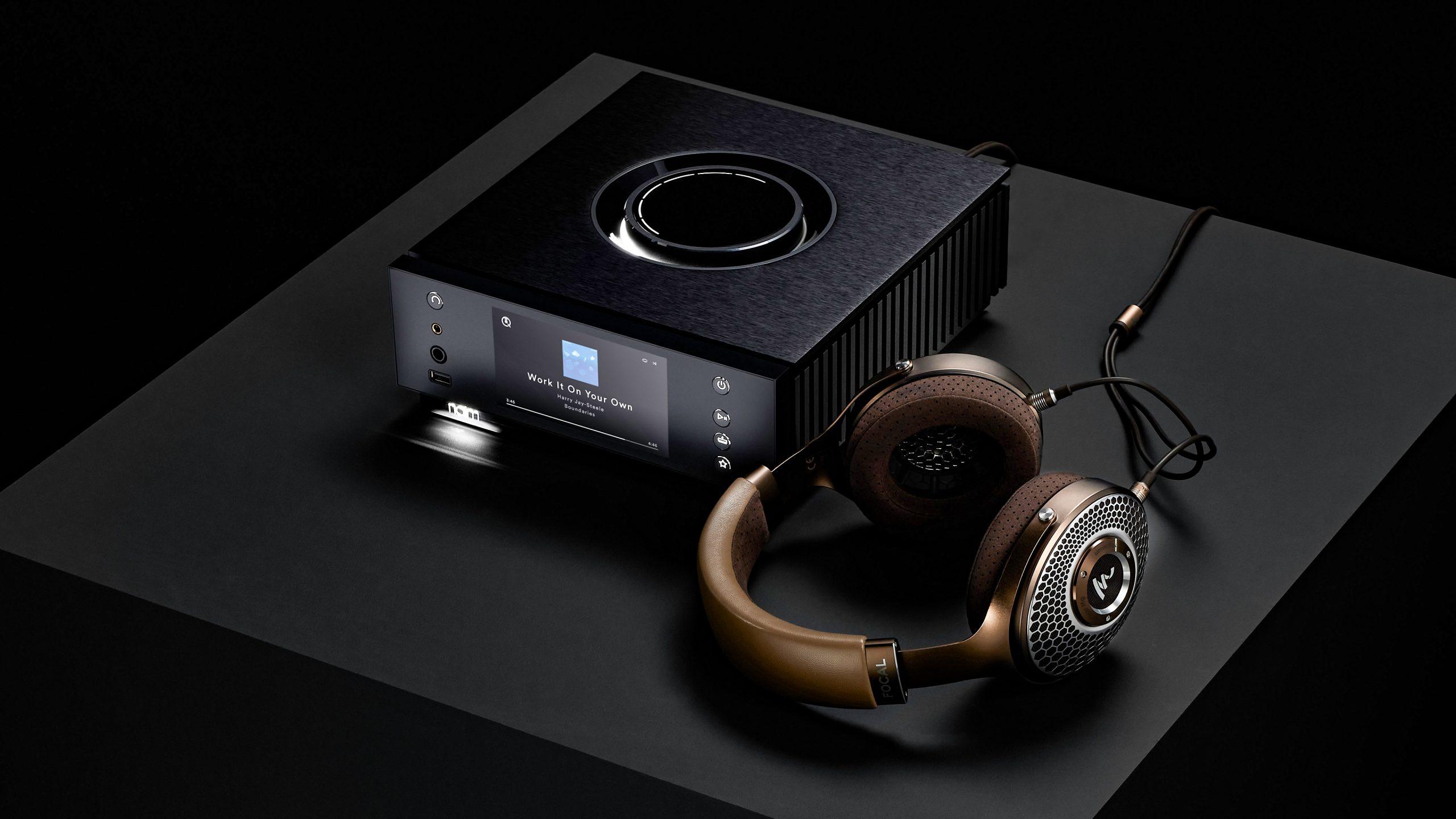 Naim Uniti Atom Headphone Edition - with Focal Stellia