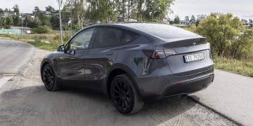 Tesla Model Y SPREAD